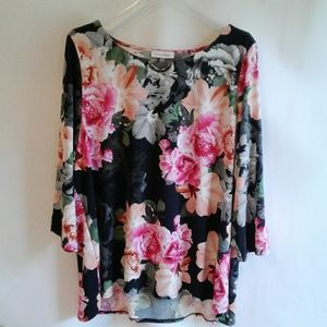 Calvin Klein Stretchy Floral Top Size 2X